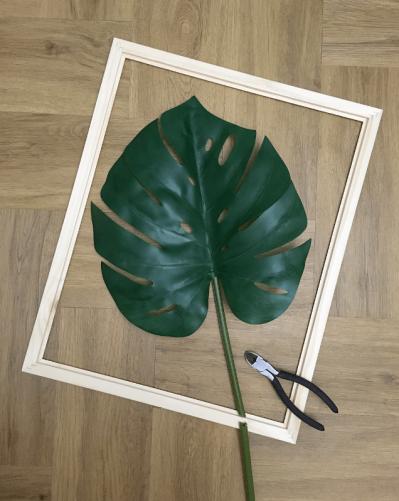 Trim your palm leaf stalk to fit